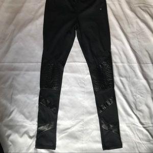 Black Hollister leggings